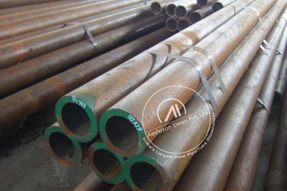 ASTM A213 T12 Alloy Steel Tube in Aesteiron Steel Stockyard