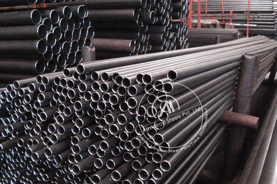 ASTM A213 T5b Alloy Steel Tube in Aesteiron Steel Stockyard
