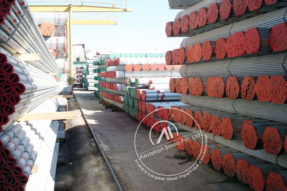 ASTM A213 T5c Alloy Steel Tube in Aesteiron Steel Stockyard