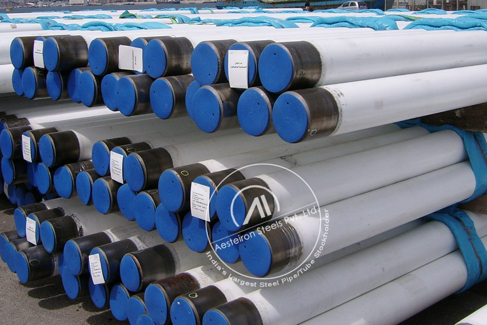 ASTM A335 P1 Alloy Steel Pipe in Aesteiron Steel Stockyard