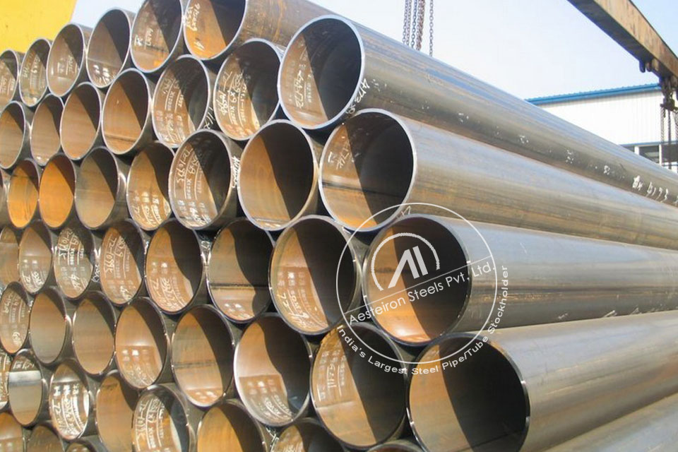 ASTM A335 P22 Alloy Steel Boiler Pipe in Aesteiron Steel Stockyard