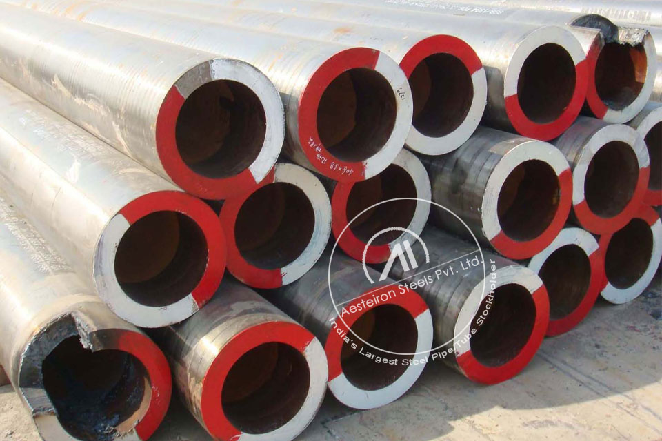 ASTM A335 P22 Alloy Steel Seamless Pipe in Aesteiron Steel Stockyard