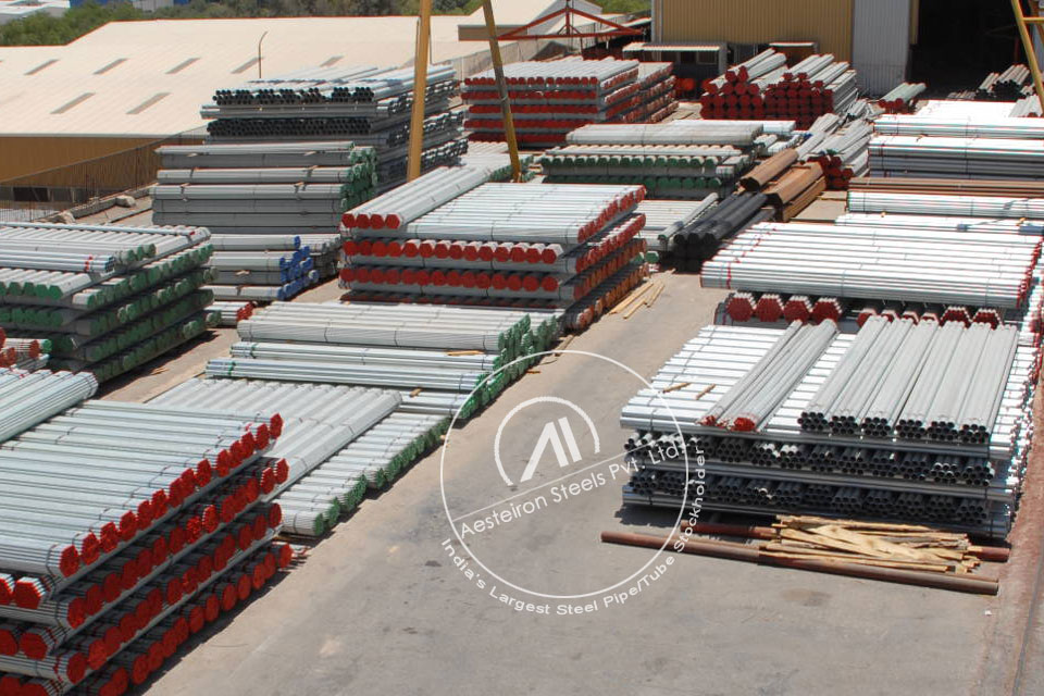 ASTM A335 P5b Alloy Steel Pipe in Aesteiron Steel Stockyard