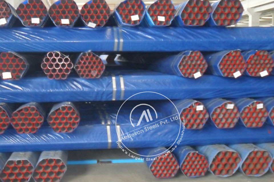 ASTM A335 P5c Alloy Steel Pipe in Aesteiron Steel Stockyard